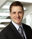 Travis Ribar 弁護士